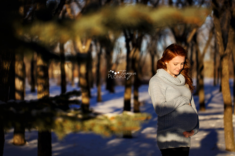 Maternity photos at the University of Lethbridge, winter, Lethbridge