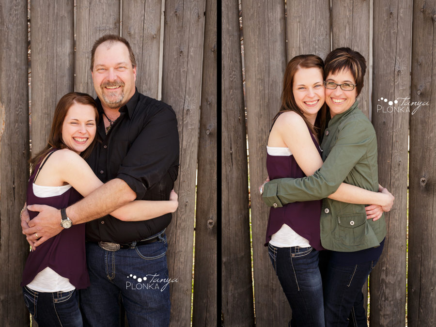 Lethbridge convocation and graduation photography, girl with family