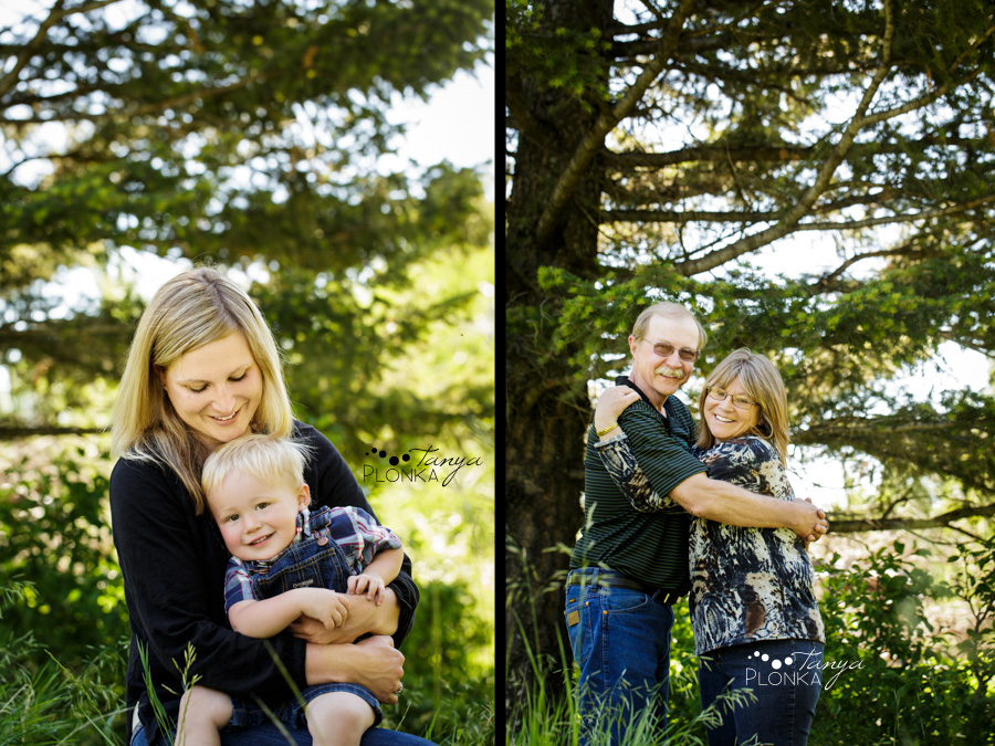 Crowsnest Pass family portraits on old Frank Road