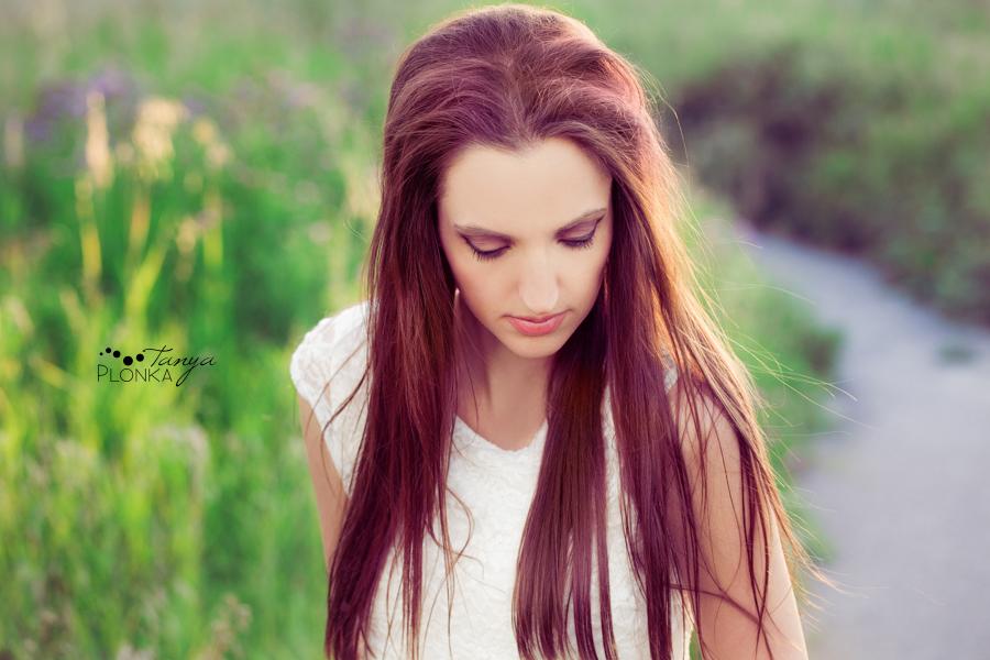 Lethbridge portrait photos of girl styled like Lana del Rey