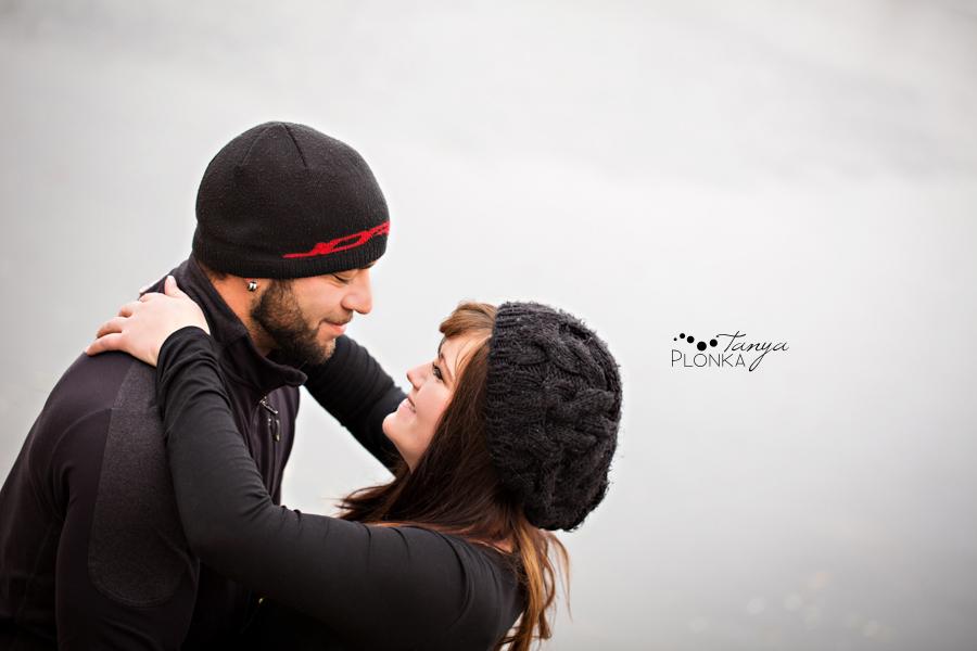 Lethbridge winter maternity photos