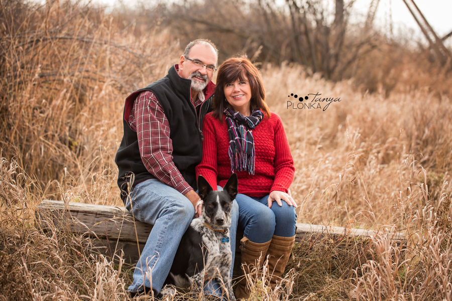 Happy grandparent & grandchildren portraits in Lethbridge