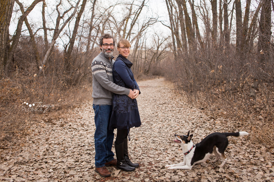 Lethbridge couples photos with dog in late autumn