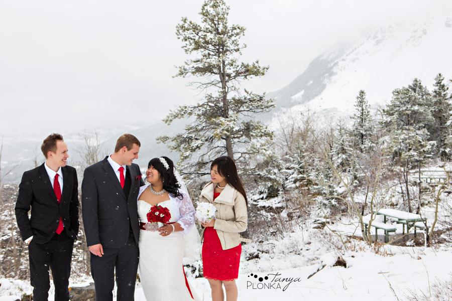 Michelle & Oscar, Crowsnest Pass winter wedding