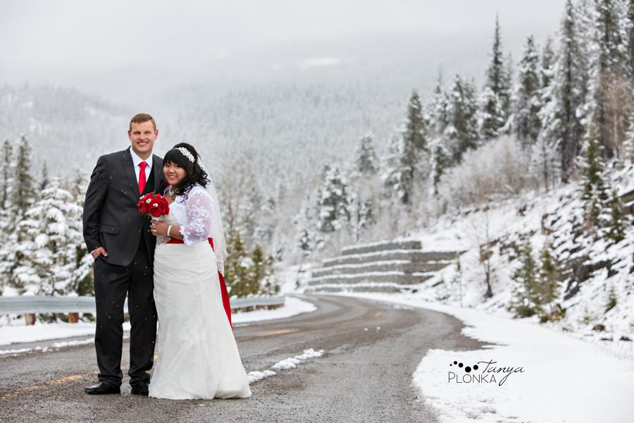 Michelle & Oscar, snowy Crowsnest Pass wedding