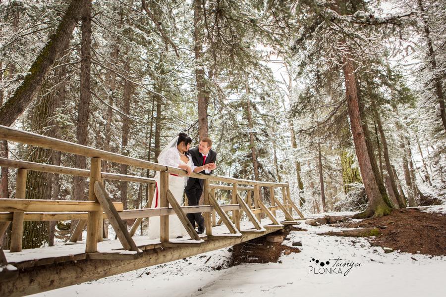 Michelle & Oscar, snowy Crowsnest Pass winter wedding