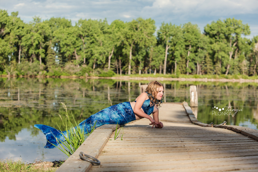 park lake mermaid portraits