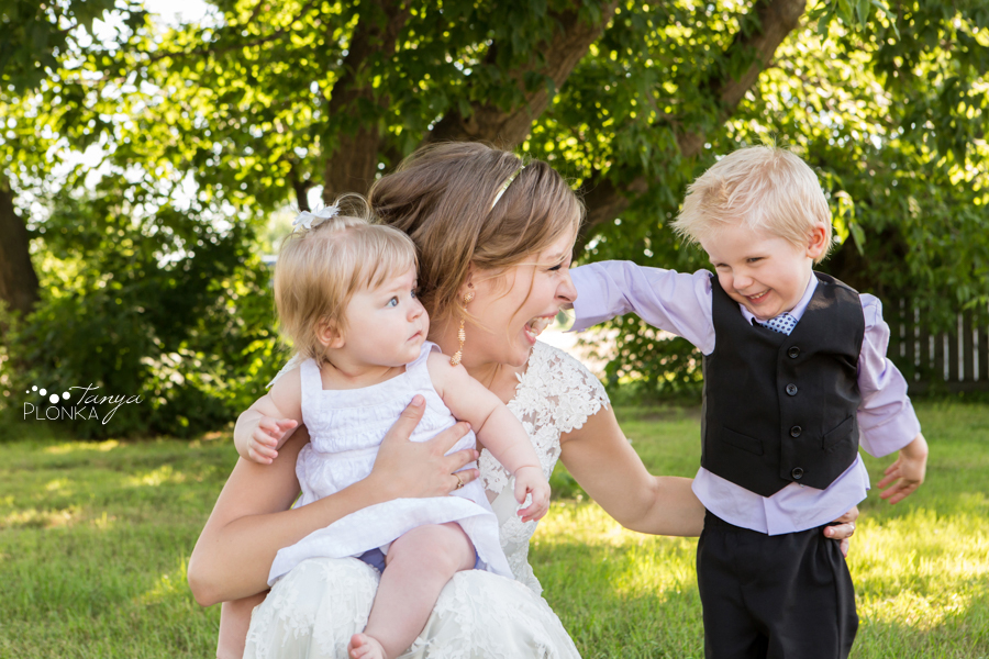 Jordan & Alyson, Lethbridge rural wedding