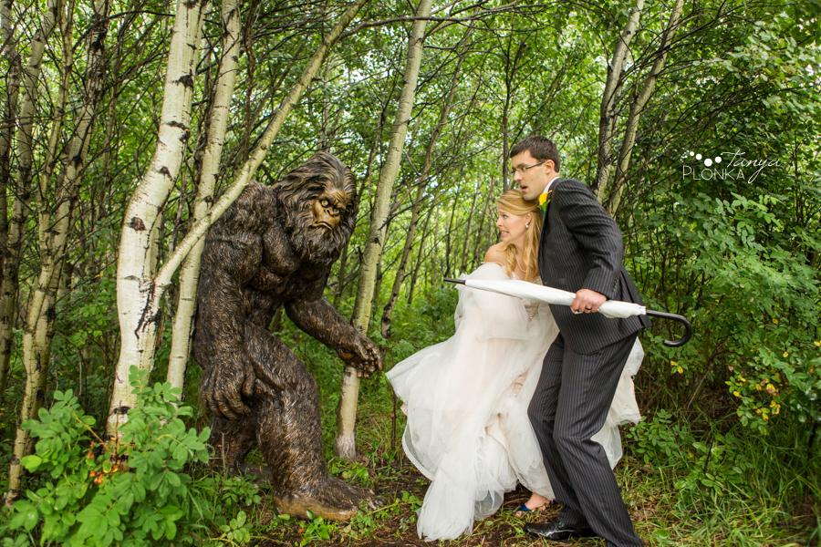 Sophia & Mark, Edmonton Hastings Lake Gardens wedding