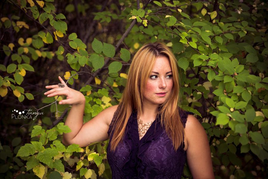 Women's outdoor Lethbridge fall portraiture