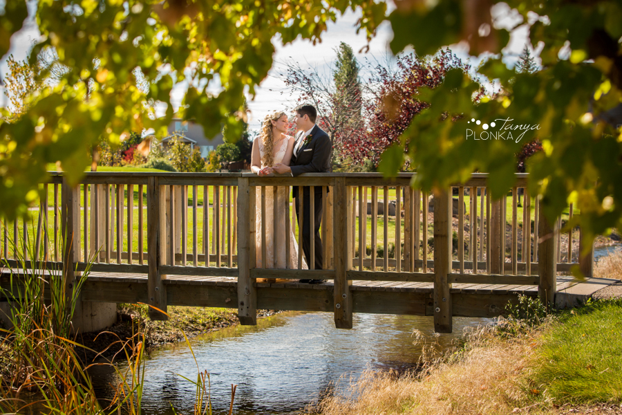 Cheryl & Josh, sunny west Lethbridge autumn wedding