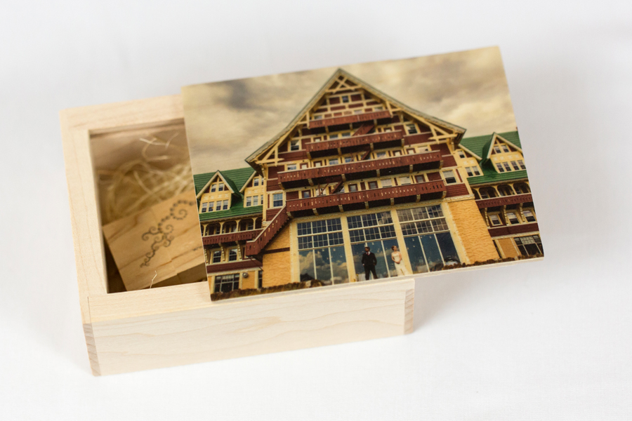Lethbridge portrait photography images on USB with wooden box