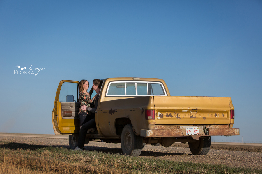 Coaldale country inspired engagement photos