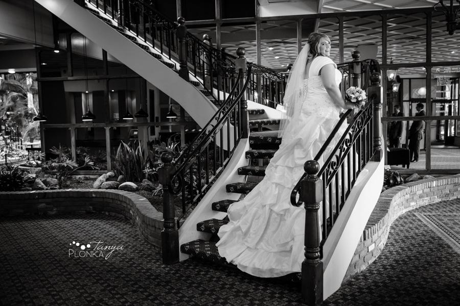 Cale & Kirsten, Lethbridge Lodge wedding photography