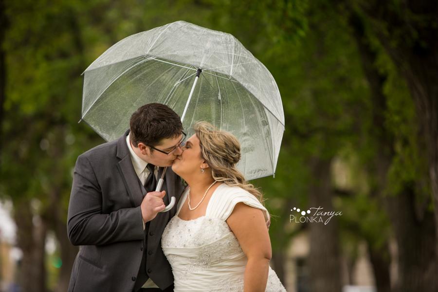 Cale & Kirsten, Galt Gardens spring wedding photography