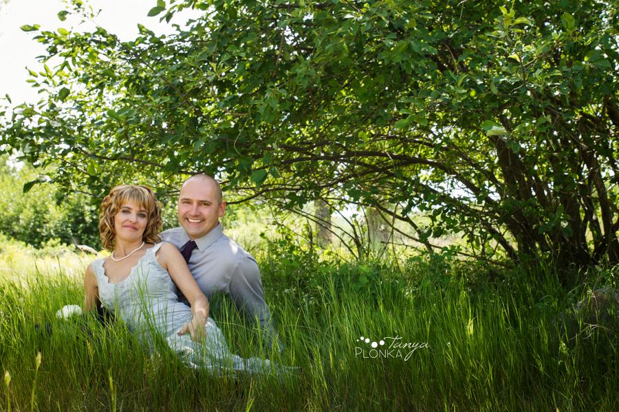 Tammy & Todd, Lethbridge Pavan Park wedding photos
