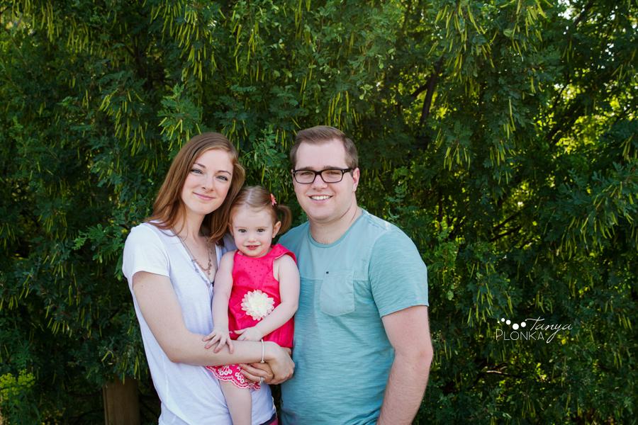 summer river bottom family photos
