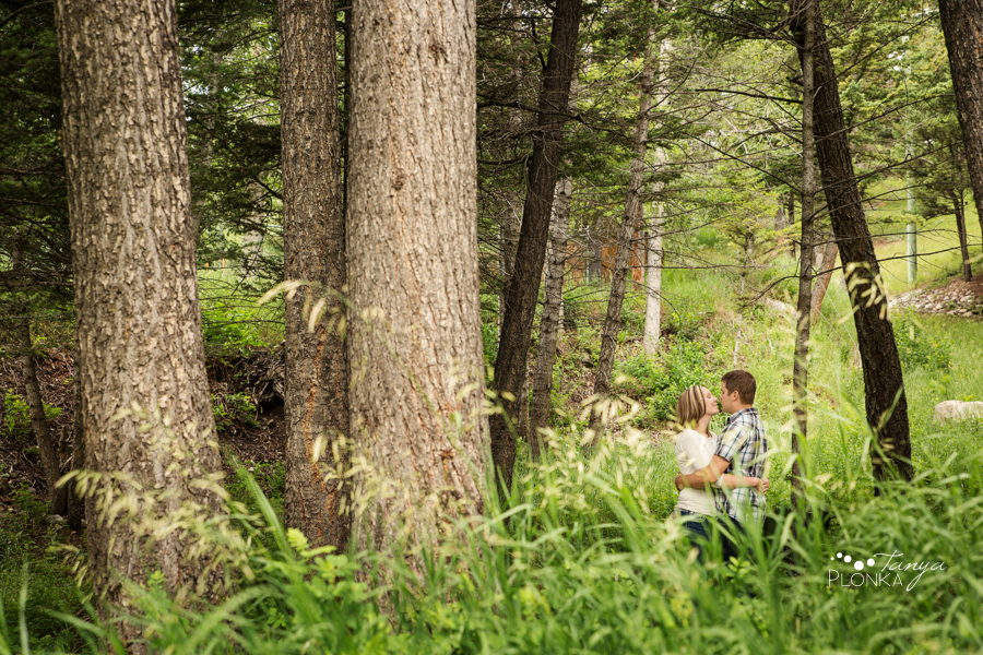 Crowsnest Pass outdoor engagement photography