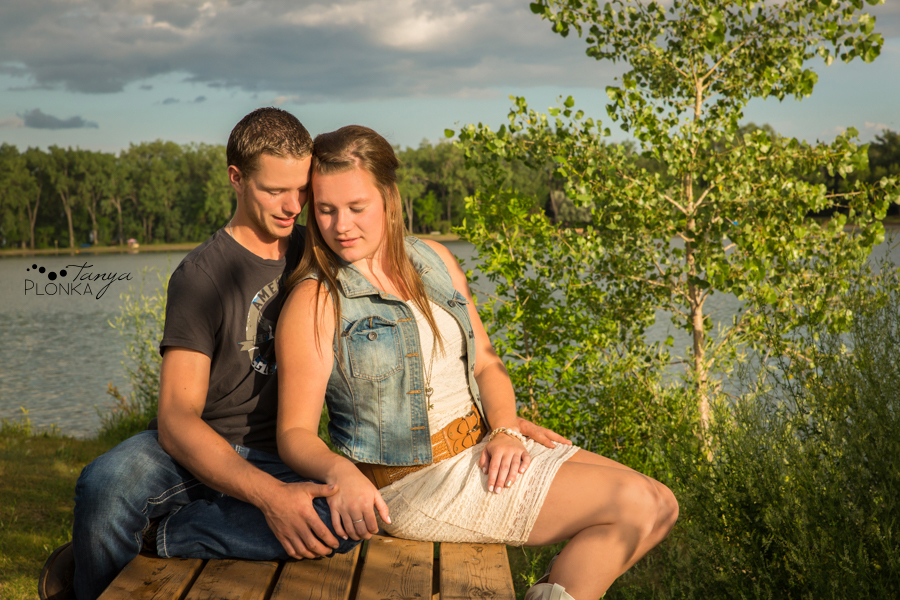 Park Lake engagement session
