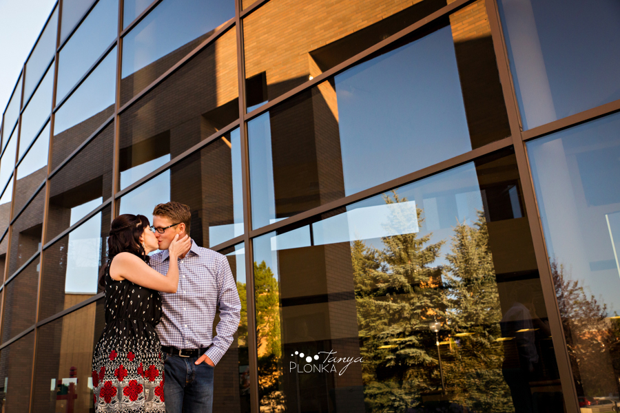 downtown Lethbridge summer couples photos