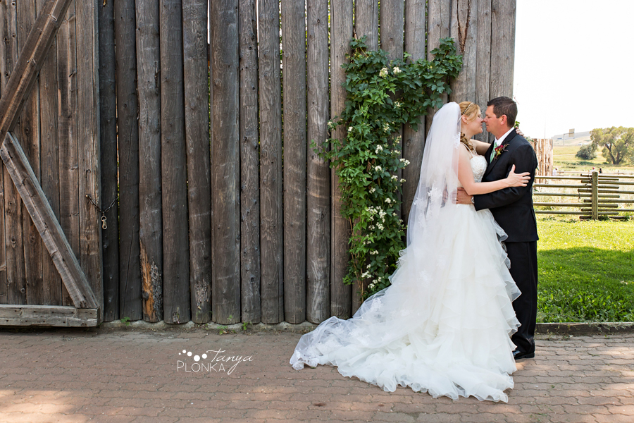 Don & Cathy, Lethbridge river bottom summer wedding photos