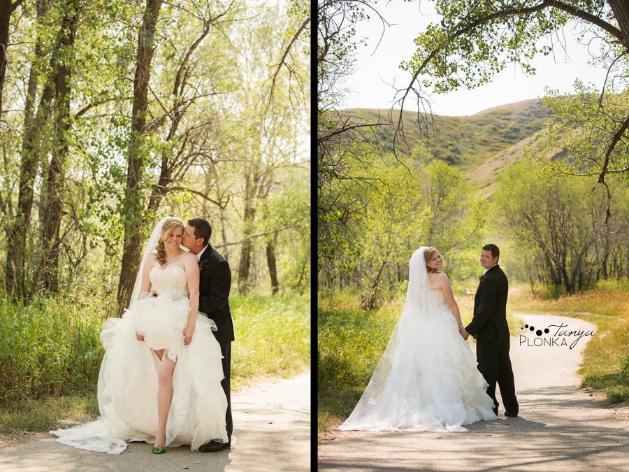 Don & Cathy, Lethbridge Indian Battle Park summer wedding