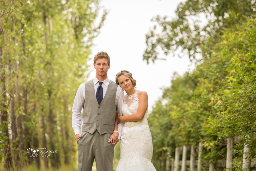 Derek & Tara-Lee, Coaldale farm wedding photos