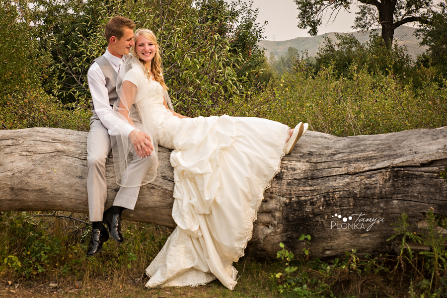 Jeremy & Emily, Picture Butte country-inspired wedding
