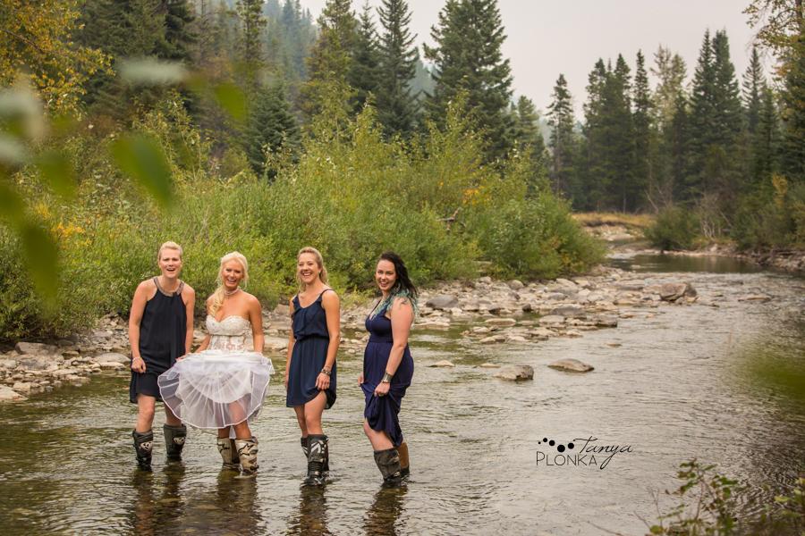 Freddie & Stef, Racehorse Creek outdoor camp wedding photography
