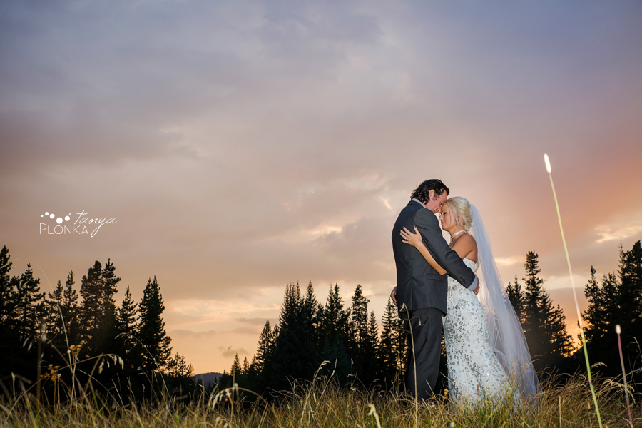 Freddie & Stef, Racehorse Creek sunset wedding photos