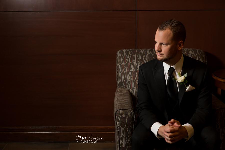 Evan & Emily, elegant downtown Calgary Sheraton wedding photos