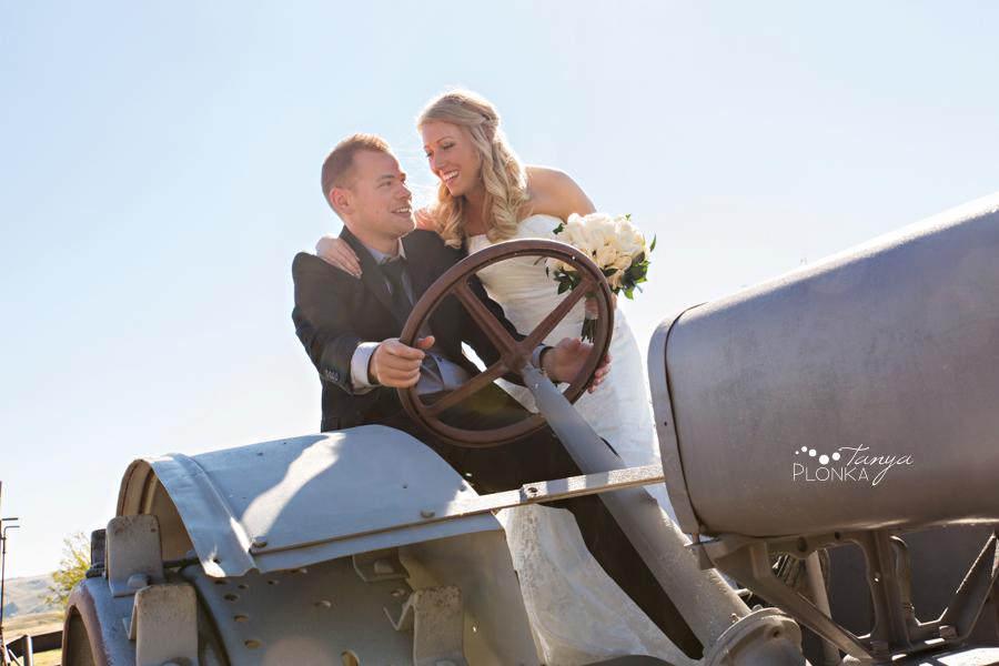 Lasca & Greg, Lethbridge autumn Galt Museum wedding photos