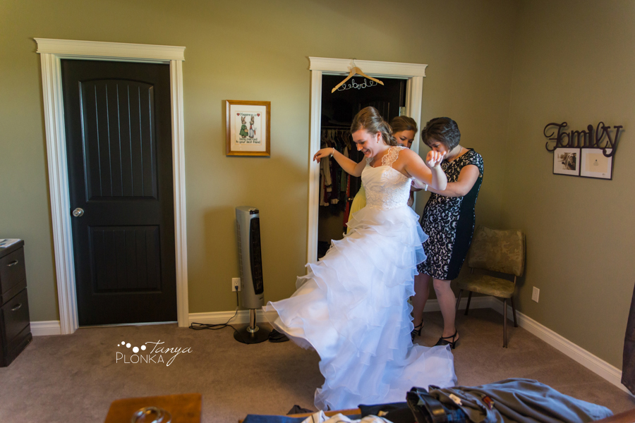 William & Becky, Nobleford wedding photos