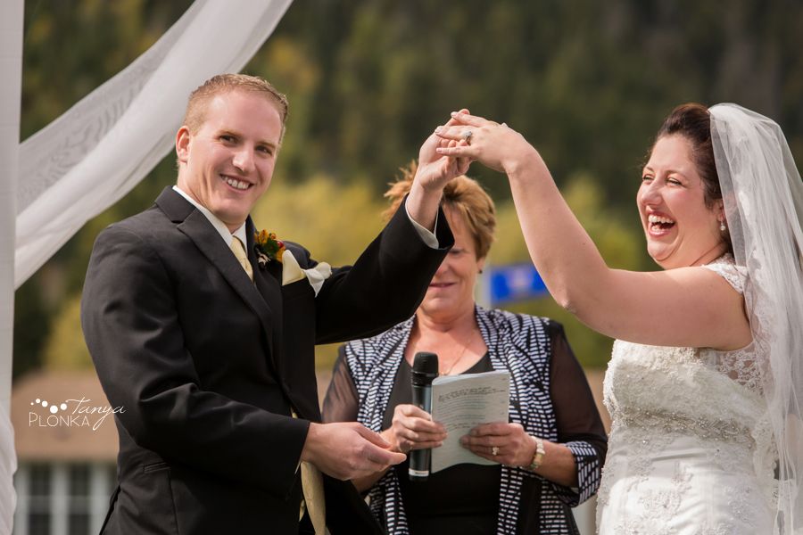 Kevin & Ashley, outdoor autumn Waterton Lakes wedding