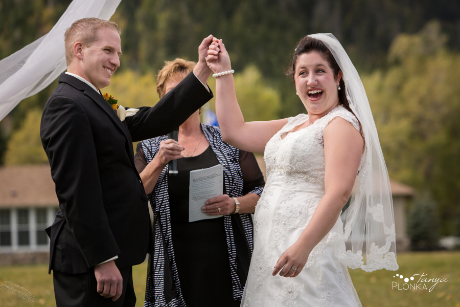 Kevin & Ashley, outdoor autumn Waterton Lakes Lodge wedding photos