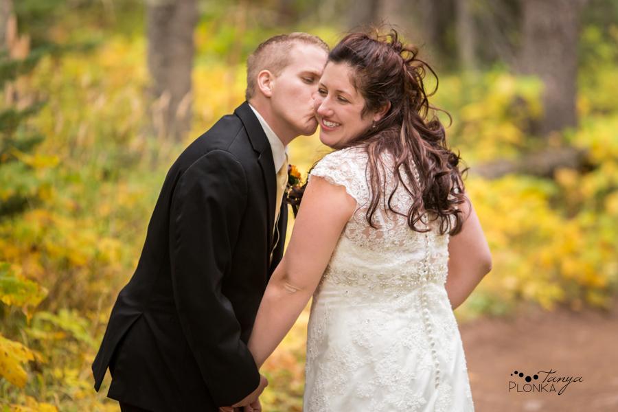 Kevin & Ashley, autumn Waterton wedding photography