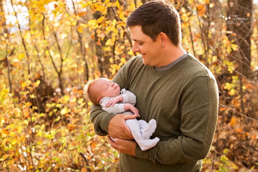 Lethbridge outdoor newborn photos