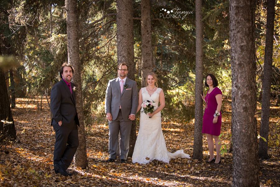 Ashlan & Bryce, Lethbridge Norland Bed & Breakfast autumn wedding photos