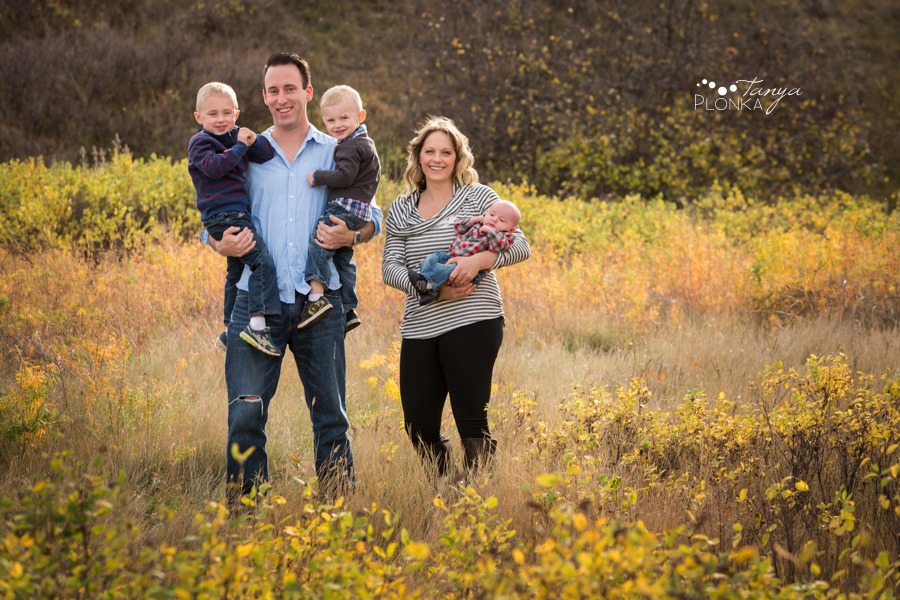 autumn river bottom family photos