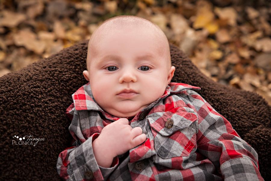 autumn river bottom baby photos