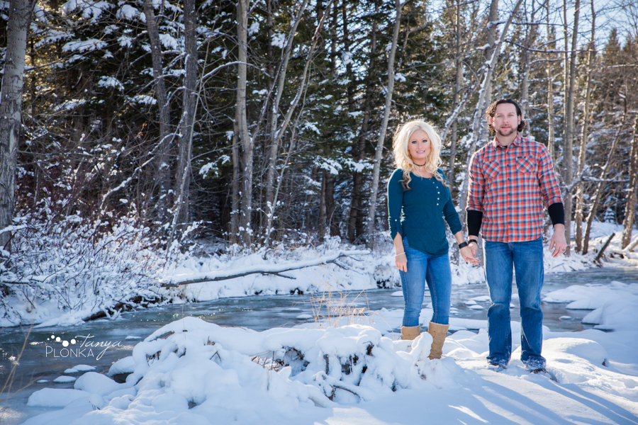 Crowsnest Pass winter couples photos