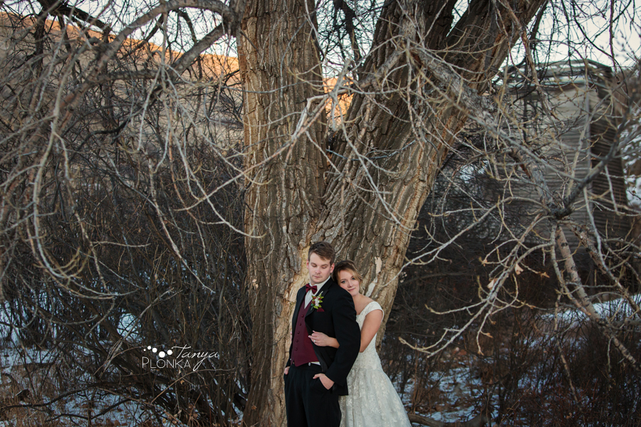 Annelies & Kyle, Lethbridge outdoor winter wedding photography