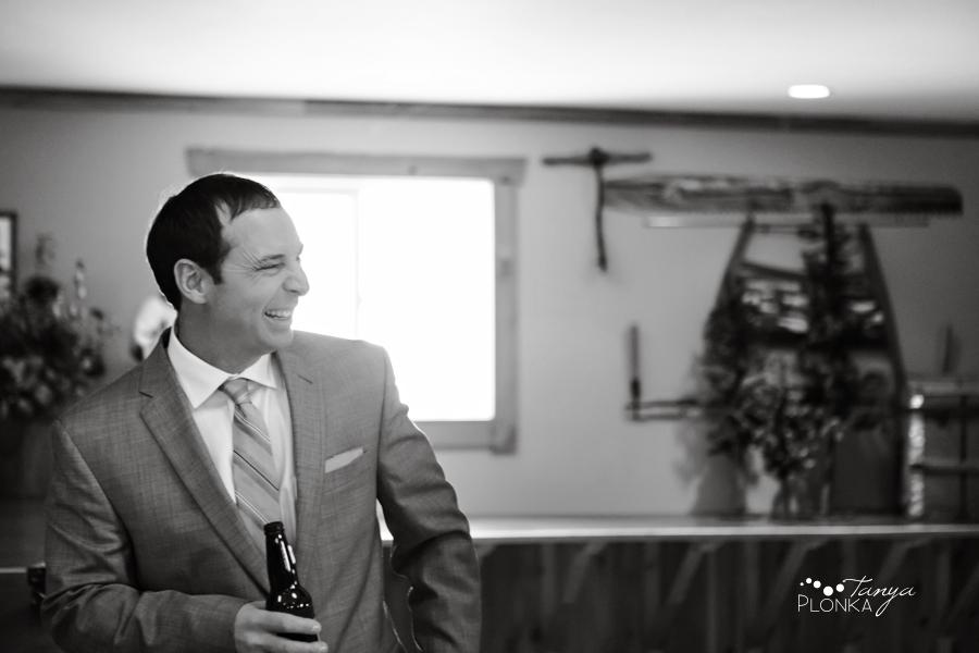 Lanna & Mike, Pincher Creek Bloomin' Inn winter wedding