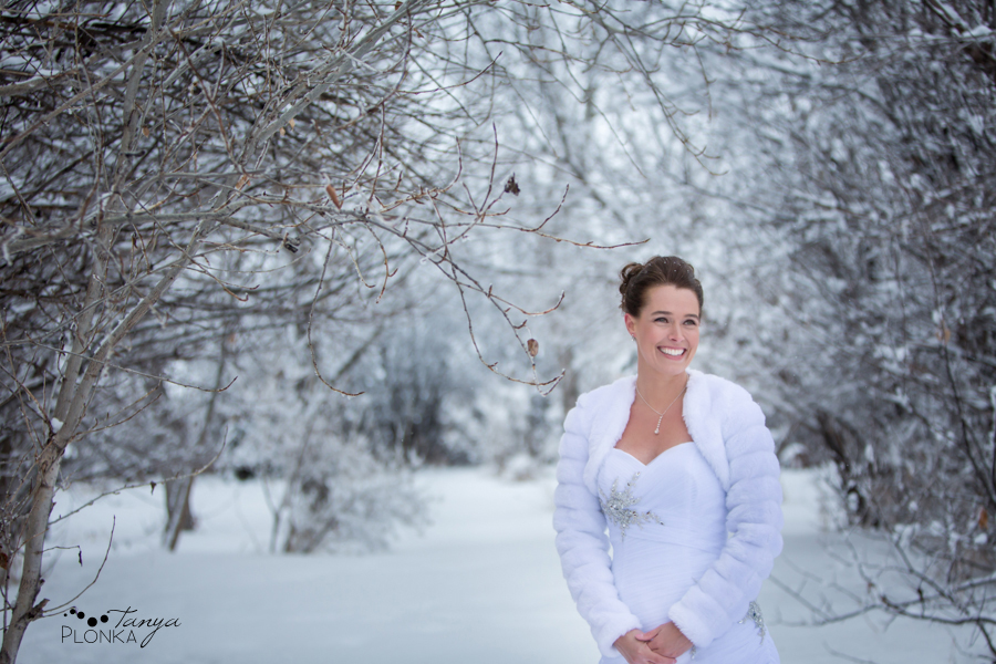 Lanna & Mike, Pincher Creek Bloomin' Inn snowy winter wedding photos