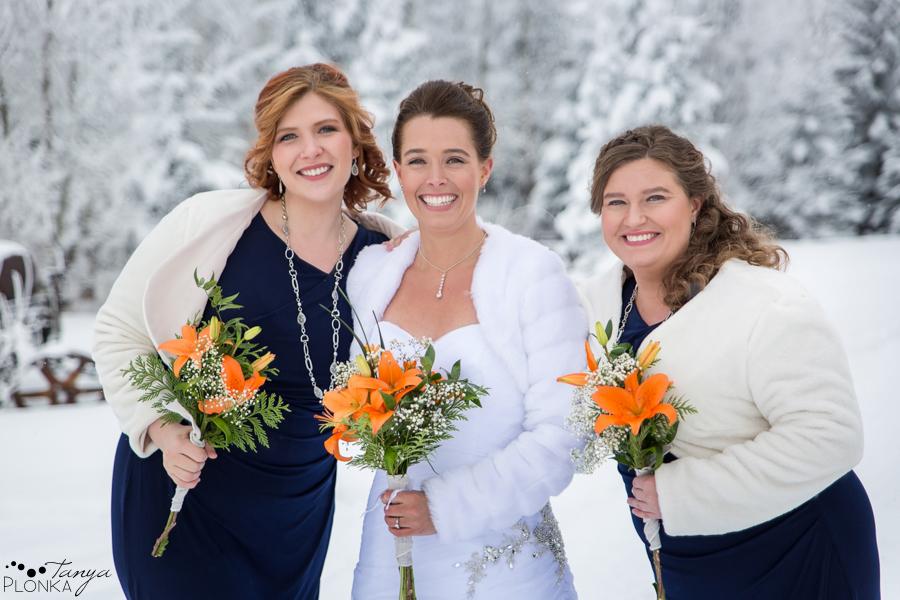 Lanna & Mike, Pincher Creek outdoor winter wedding photos