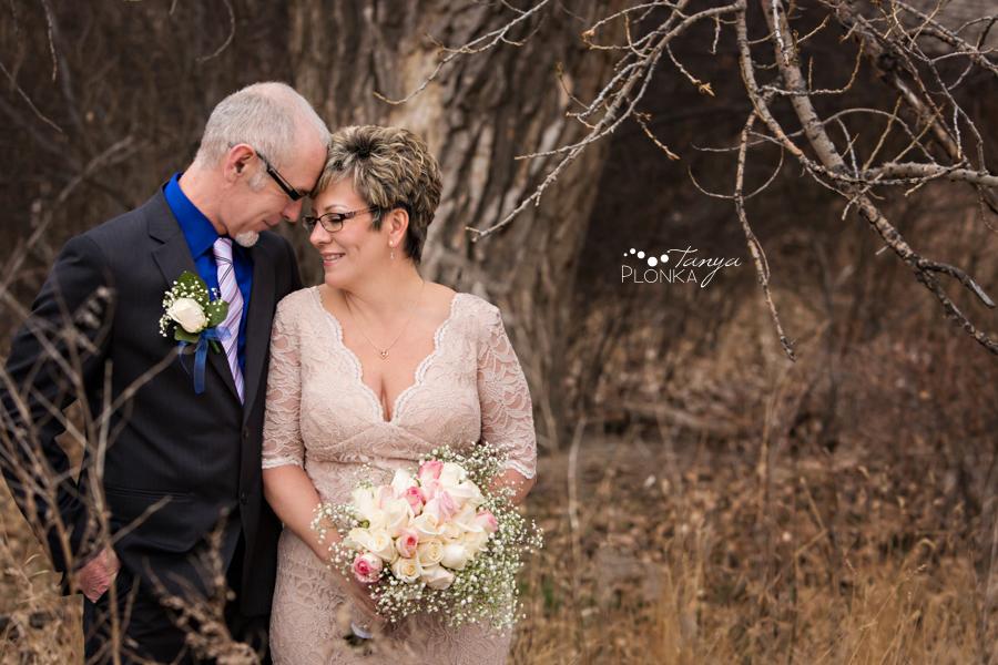 Rob & Kathy, Lethbridge river bottom winter wedding photos