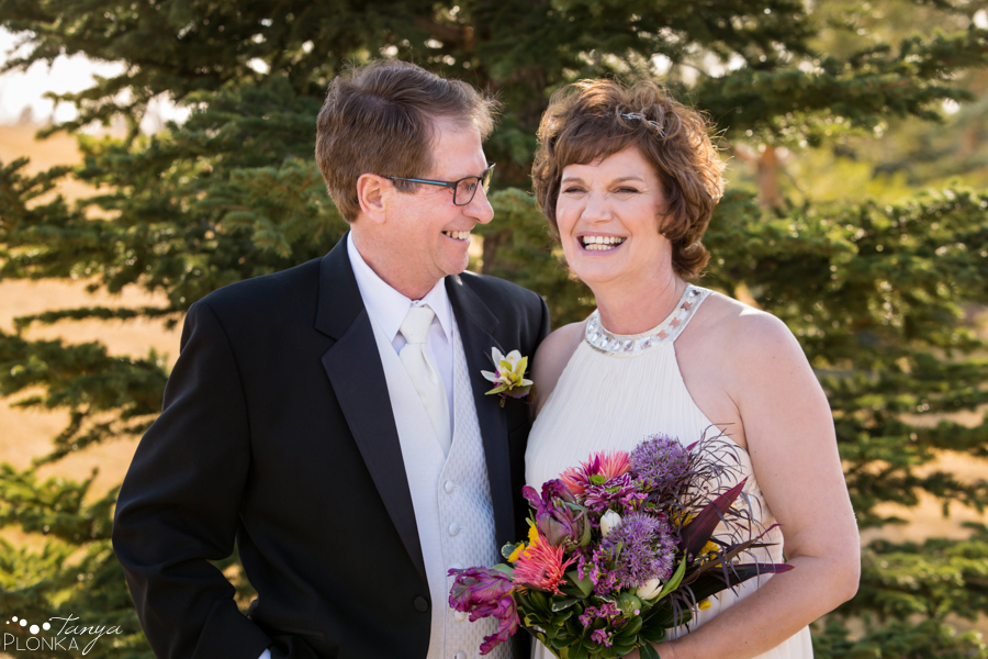 Gail & Stephen, Lethbridge private home wedding photography