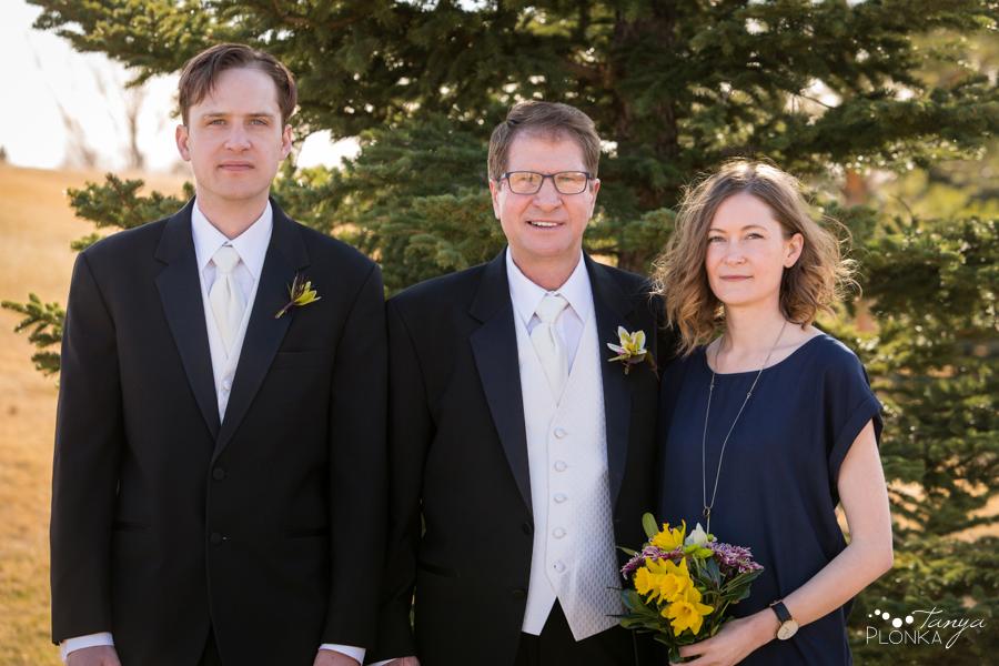 Gail & Stephen, Lethbridge private home spring wedding photography