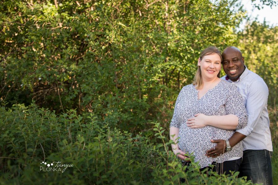 Lethbridge Pavan Park maternity photo session