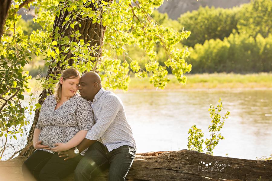 Lethbridge Pavan Park maternity session